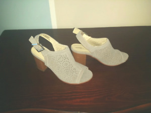 3 pairs women shoes