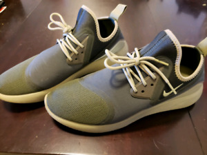 Nike Olive Green Running shoes