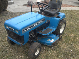 Ford YT 125 Lawnmower