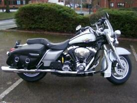 Harley-Davidson FLHRCI Roadking CLA 1450 Custom Classic Cruiser 2003 Anniversary
