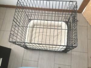 Medium size Dog Kennel with bed
