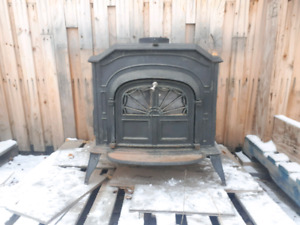 Vermont Casting resolute 1979 wood stove