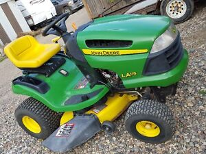 John Deere Lawn Tractor  with  New Snow  Angling Blade !!!