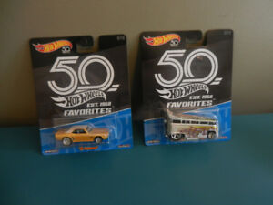 Hot Wheels 50TH Favorites Volkswagen T1 Drag Bus,'69 Camaro