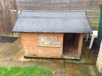 Dog house for sale in £35
