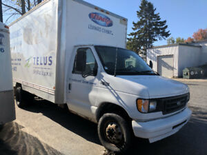2003 Ford Cube 16 pieds CTV