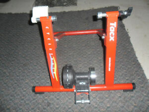 trainer pour velo Tacx
