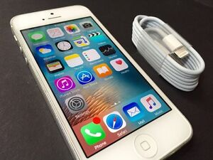 64gb Silver iPhone 5 in great condition!!