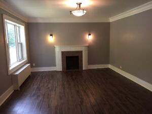 2 BDR – ENTIRE MAIN FLOOR! GREAT LOCATION! NEWLY Renovated!