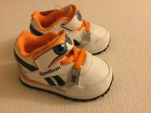 Reebok Disney baby shoes with tag (never used) Kitchener / Waterloo Kitchener Area image 7
