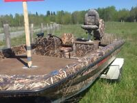 15 ft bass boat for trade or 6000$!!!!!