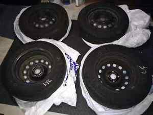 Michelin X-Ice Xi2 Winter Tires and Rims for Honda Civic Kitchener / Waterloo Kitchener Area image 2