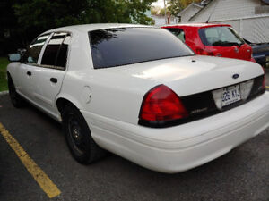 2011 Ford Crown Victoria (police interceptor) $2500