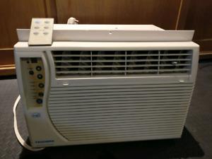 Fedders 6000BTU Window Air Conditioner (w/remote) (A7X06F2A)