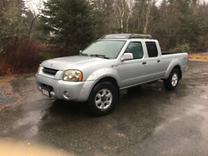 Silver 2003 Nissan Frontier