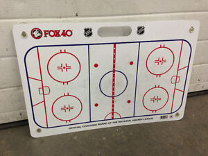 Hockey Coach Kit (Coaching Board with Pucks)