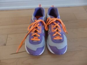 Souliers de Course Reebok Taille 3 / Girls Running Shoes Size 3