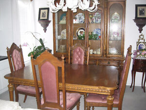 VINTAGE SKLAR PEPPLAR DINING ROOM SET