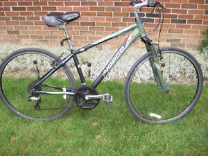 Mans Norco Hybrid - 700cc tires - 24 speed - 16`` frame
