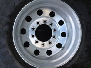 11x24.5  tire and wheels