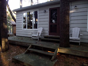 Charming 2 bedroom, 1 bathroom waterfront cottage for rent