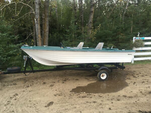 14 foot fishing boat and trailer