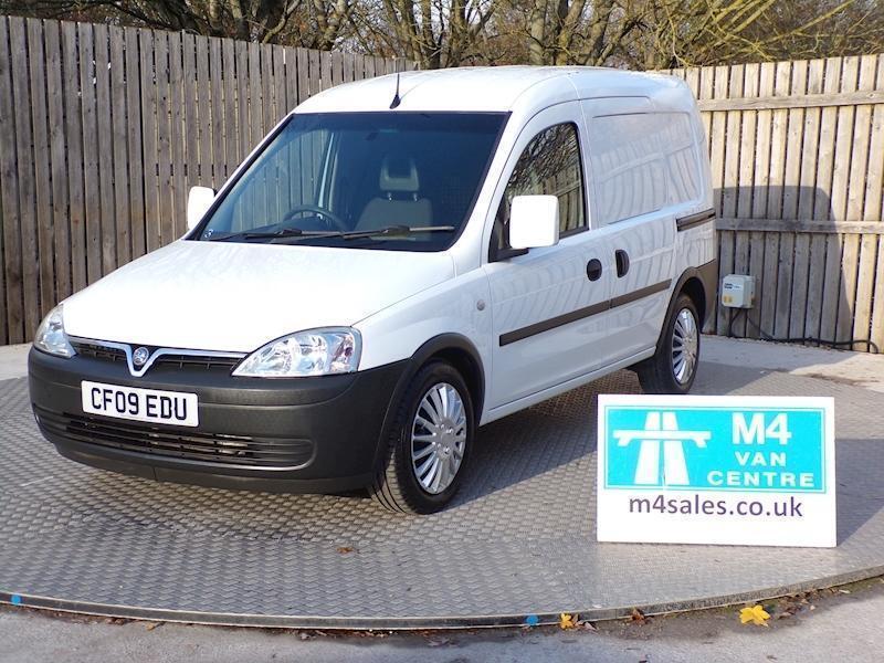 0e269183910b69 Vauxhall Combo 2000 Cdti E4 Car Derived Van 1.2 Manual Diesel. Swindon