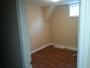 Rooms in St Catherines ($465 for one room)