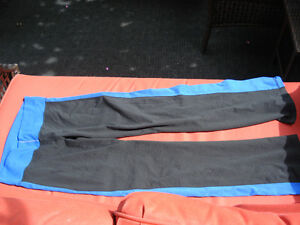 2 pairs of LULULEMON pants London Ontario image 5