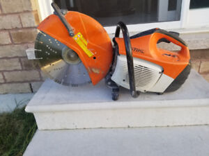 STIHL TS 420. MINT CONDITION. WORKS PERFECTLY FINE. CONCRETE SAW