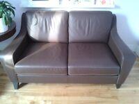 Canapé en cuir brun