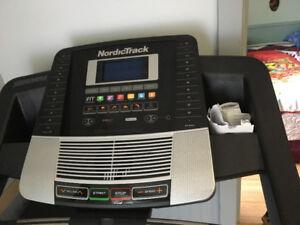 NordicTrack Treadmill C700