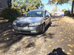 2004 Saturn ION ** Beaux Mags, Toit Ouvrant **
