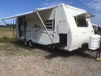 2003 Streamline 22' Travel Trailer