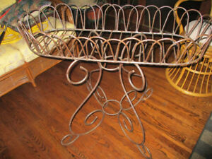 VERY LARGE ROD IRON PLANT PLANT STAND