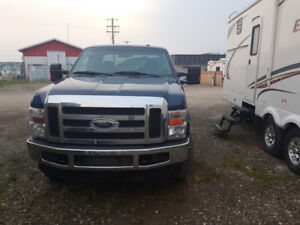 2009 Ford F350 SUPERDUTY Truck for sale.
