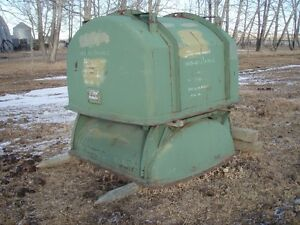 Grain tote bins (military heavy engine container)