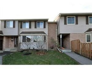 2 bedroom townhouse in Country Hills avail. March 1st Kitchener / Waterloo Kitchener Area image 1