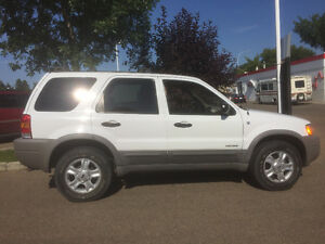 2001 Ford Escape 4x4 Fully Loaded ONLY 80000KM original owner