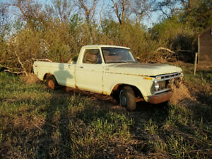 1976 Ford F150 2 wd project or parts truck 360 FE