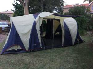 Sportiva Oztrail bungalow 9 person 3 room family dome tent