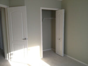 Room for rent $500(inclubed utility) Sage Hill N.W.