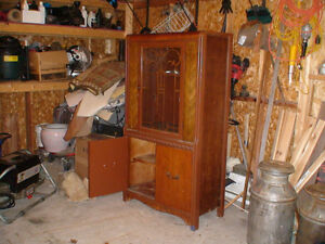 Antique buy or sell hutchs display cabinets in for Meuble antique kijiji