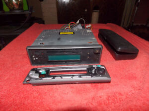 used AM/ FM/ CD player