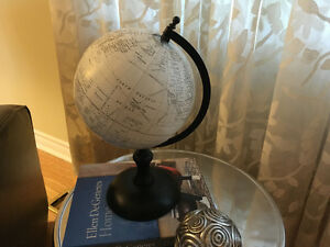 Small Black & White Globe