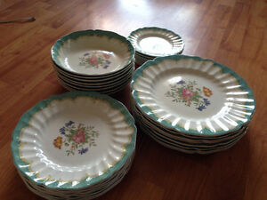 Royal Doulton - Kingswood Pattern