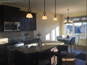 Executive Townhouse in Desirable Harbour Landing, loads of space