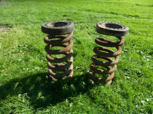 96 Dodge Diesel 1 Ton Dually 2 WD Front Springs