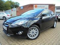 Ford Focus 1.0( 125ps ) EcoBoost 2014MY Zetec Navigator Full Ford Service