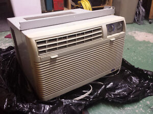 2 climatiseurs, 5000 et 7000 BTU